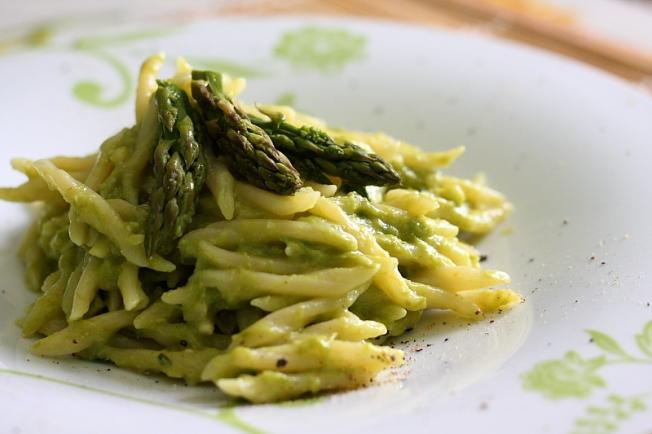 trofie pesto asparagi