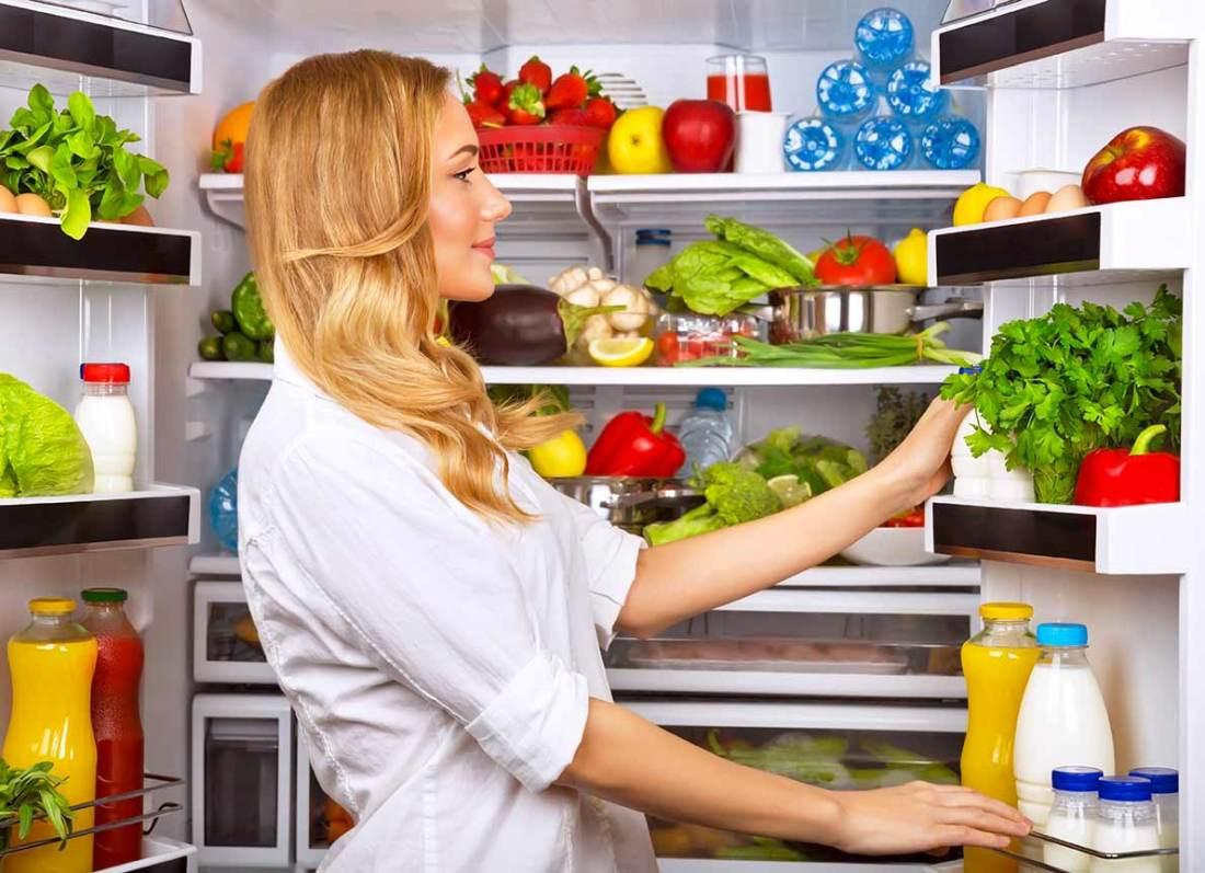 pulizia-frigorifero-dispensa